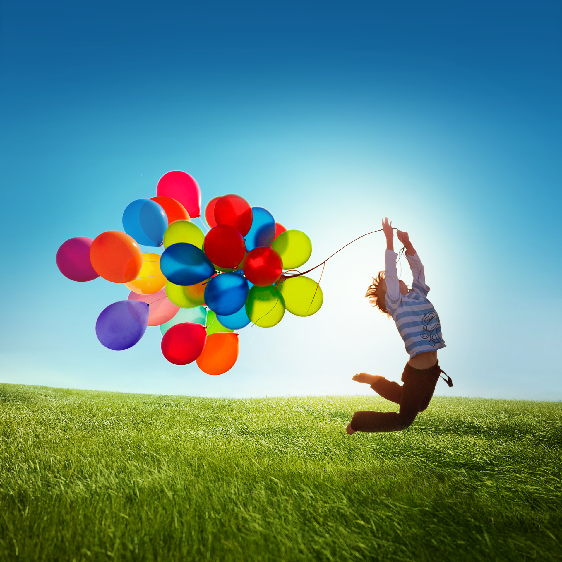 samsung-galaxy-s4-kid-playing-with-balloons